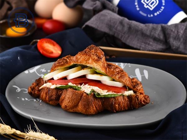 火腿芝士羊角三明治