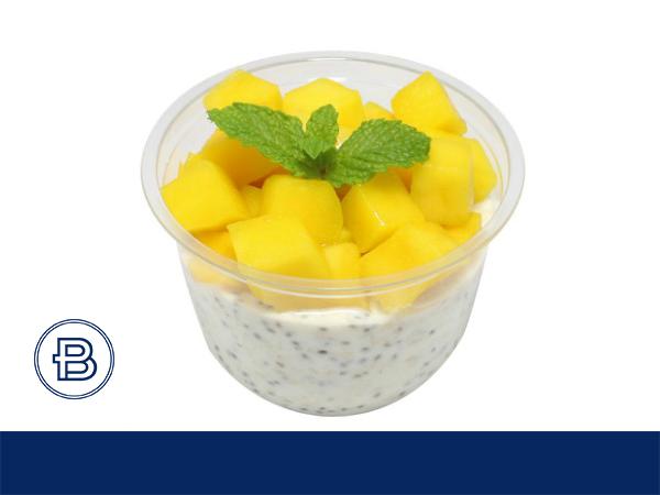 芒果奇亚籽燕麦酸奶杯饮品