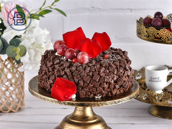 樱桃巧克力蛋糕